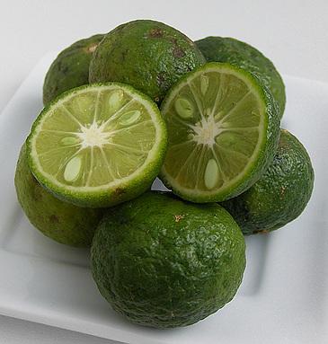 Kaffirlimoen vrucht